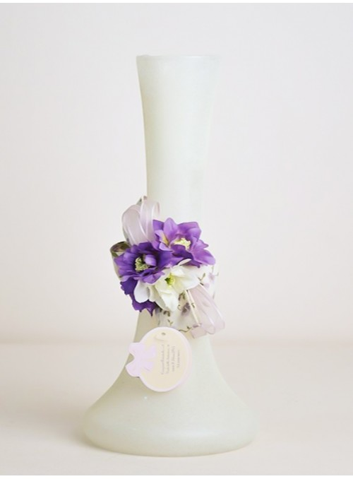 Vaza alba cu flori mov LL138