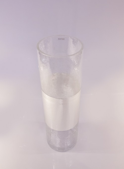 Vaza decorata cu argint